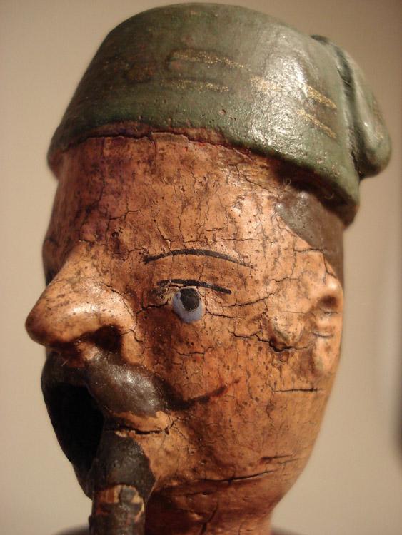 Räuchermann mit Hausmantel und Mütze